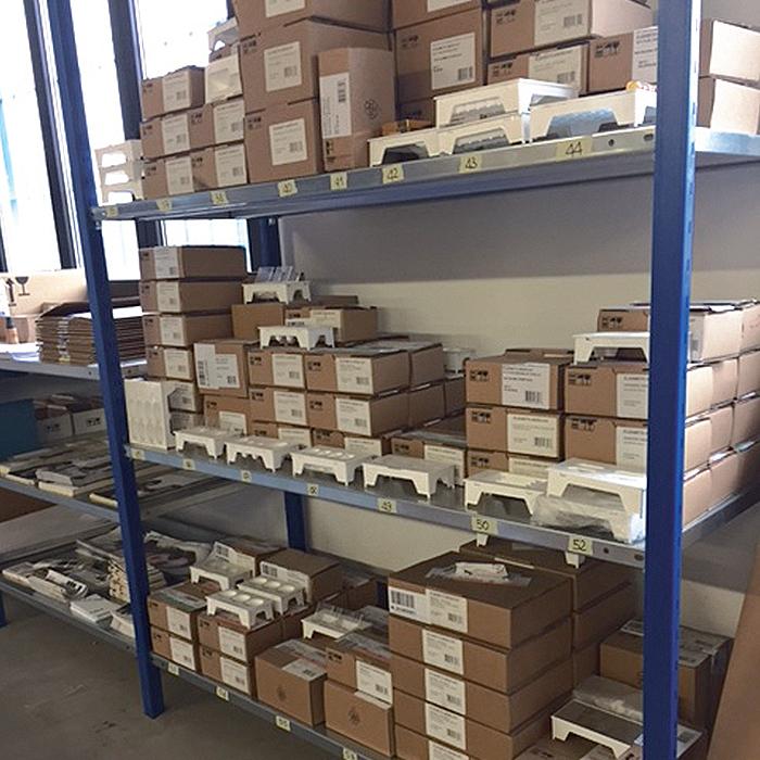 stoccaggio e logistica arredamenti